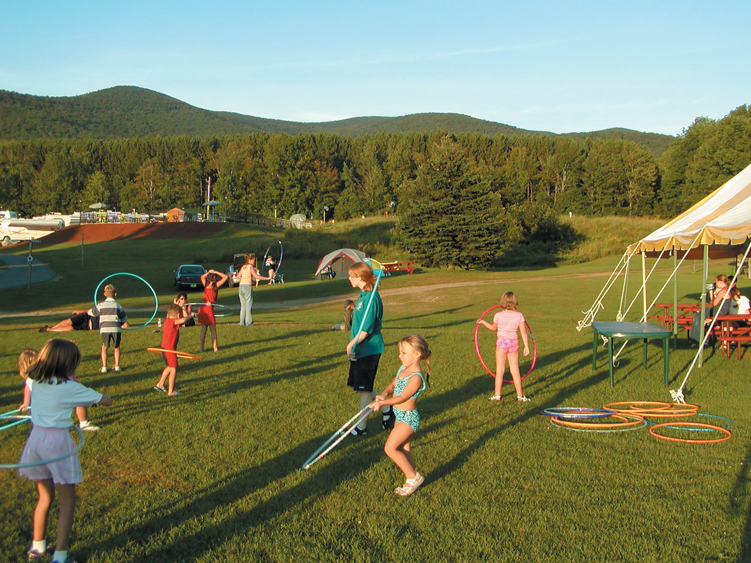 Hoola Hoopers - The Lantern Resort Campground & Motel - Jefferson, NH