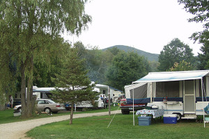 RV Rentals - The Lantern Resort Campground & Motel - Jefferson, NH
